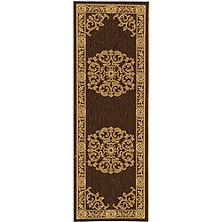 Safavieh Indoor/ Outdoor Sunny Chocolate/ Natural Runner (2'4 x 6'7)