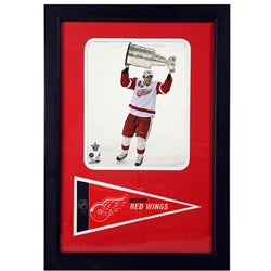 Pavel Datsyuk 12x18 Framed Print and Pennant Collectible - Thumbnail 0