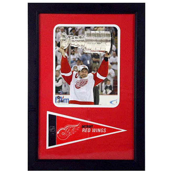 Niklas Lidstrom 12x18 Framed Print and Pennant Collectible