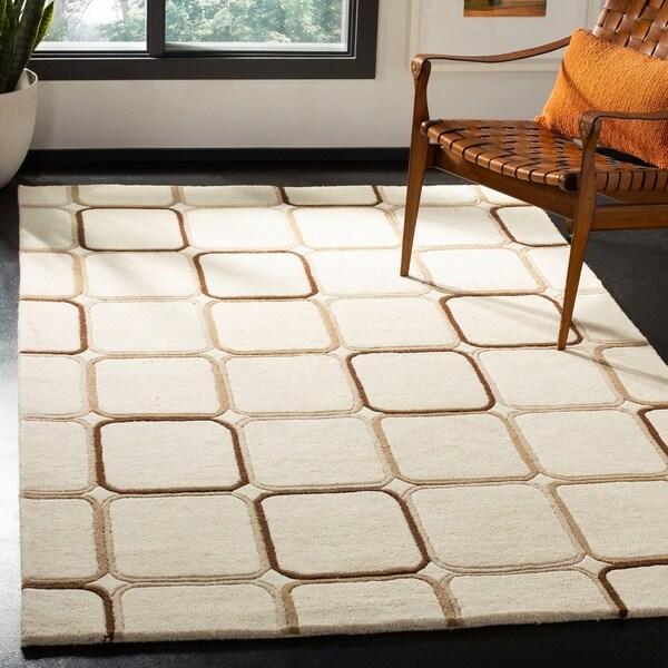 "Safavieh Handmade Soho Elipse Ivory New Zealand Wool Rug - 7'-6"" x 9'-6"""