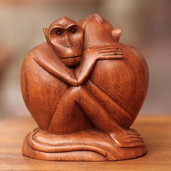 Handmade 'Romancing Monkey' Wood Statuette (Indonesia)