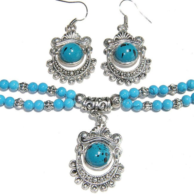 Silver Tibetan Style Turquoise Bracelet/ Earring Set (China)