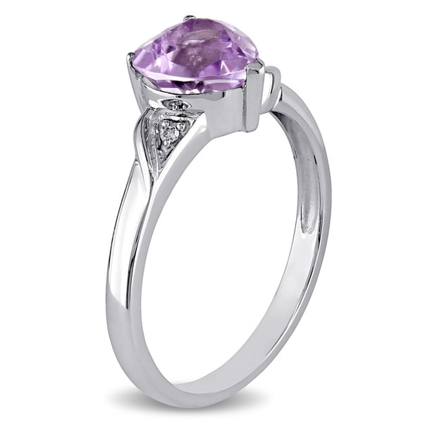 10k White Gold Round Amethyst And Diamond Heart Ring