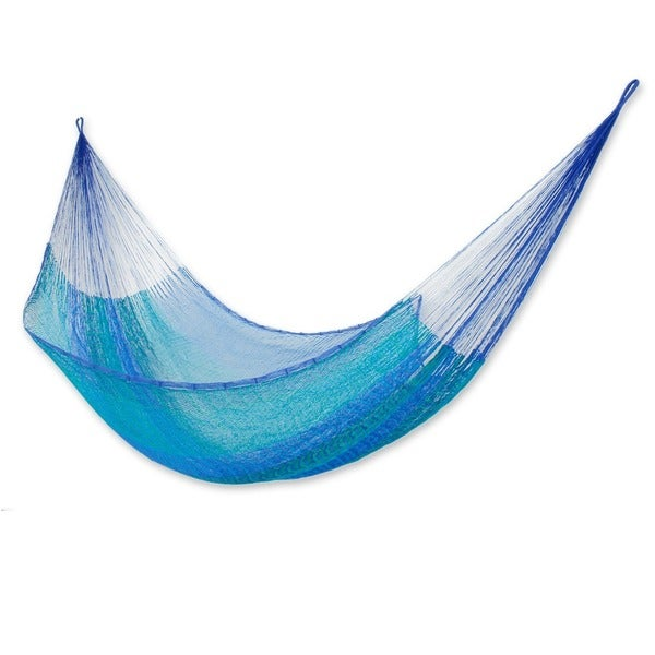 Handmade Cool Lagoon Outdoor Beach Garden Patio Pool Turquoise and Blue Stripe Knotted Rope Style Nylon Single Hammock (Mexico)