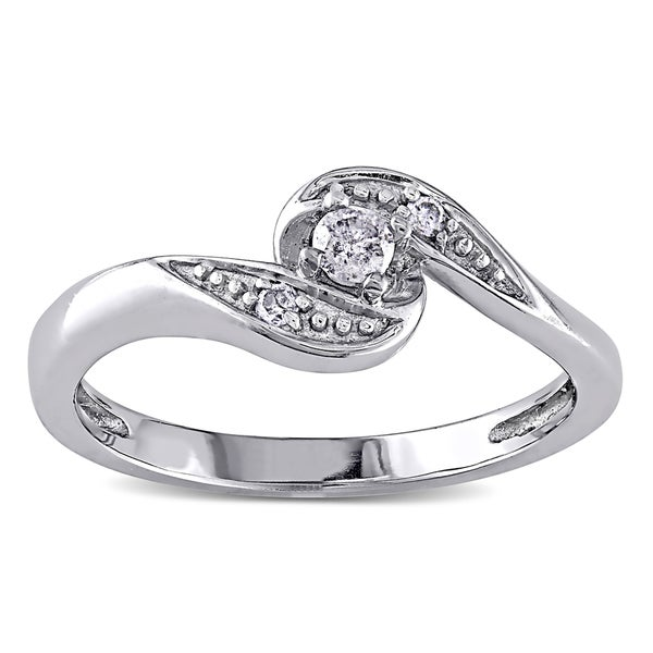 Miadora 10k White Gold Diamond Promise Ring