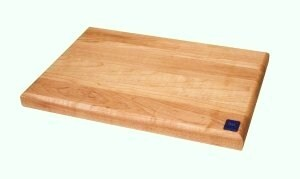 Maple Edge Grain 14x10-inch Cutting Board - Thumbnail 1