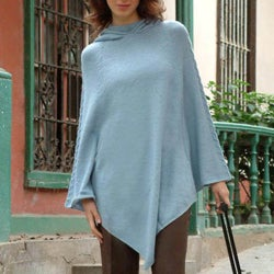 Handmade Alpaca Wool Winter Magic Pastel Blue Hooded Poncho (Peru)