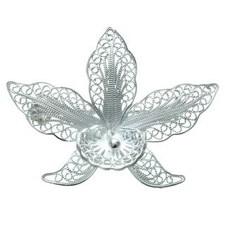 'Orchid Filigree' Brooch (Indonesia) https://ak1.ostkcdn.com/images/products/3318724/P11414549.jpg?impolicy=medium