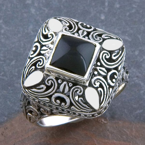 Handmade Sterling Silver 'Cawi Motif' Black Onyx Ring (Indonesia)