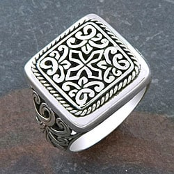 Handmade Sterling Silver 'Cawi Motif' Square Ring (Indonesia)