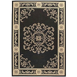 Safavieh Sunny Medallion Black/ Sand Indoor/ Outdoor Rug (8' x 11')