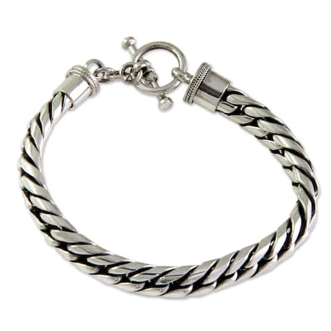 Everday Choices Elegant Classic 925 Sterling Silver Herringbone with Toggle Closure Womens Bracelet (Indonesia)
