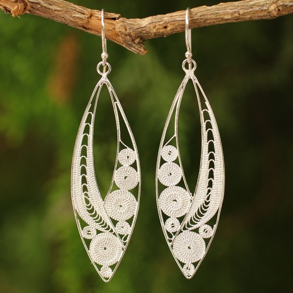 Handcrafted Sterling Silver Tendrils Dangling Style Earrings (Thailand)
