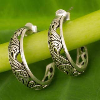 Handmade Sterling Silver 'Moon in the Forest' Earrings (Thailand)
