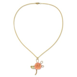 Handmade Natural Rose Goldplated 'Enchanted Rose' Necklace (Thailand)