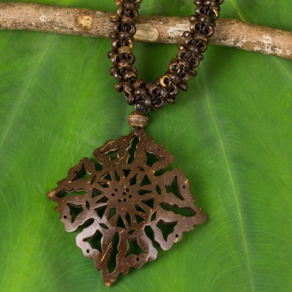 Handmade Coconut Shell 'Diamond Sun' Necklace (Thailand)