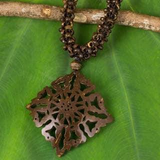 Handmade Coconut Shell 'Diamond Sun' Necklace (Thailand)