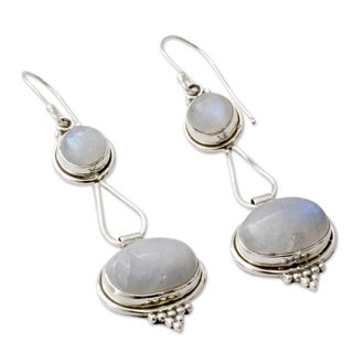Handmade Goddesses Round with Oval Drop Moonstone Gemstones in 925 Sterling Sliver Bohemian Hippie Womens Dan (India)