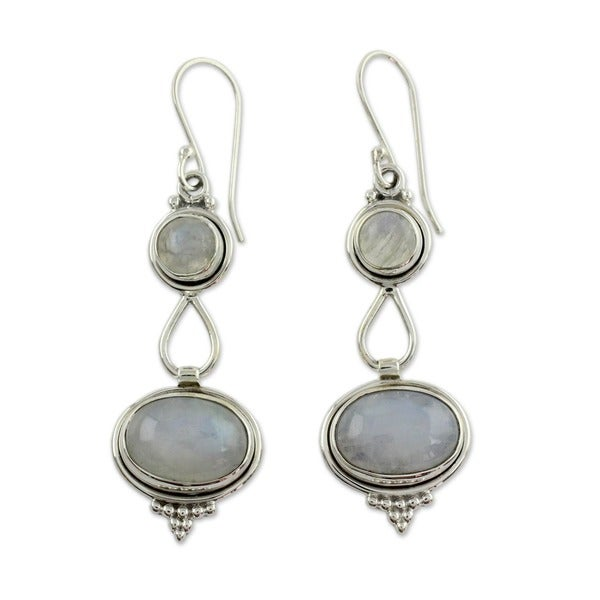 Goddesses Round with Oval Drop Moonstone Gemstones in 925 Sterling Sliver Bohemian Hippie Womens Dangle Earrings (India)