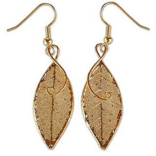 Handmade 22k Goldplated 'Forest Duet' Natural Leaf Earrings (Thailand)