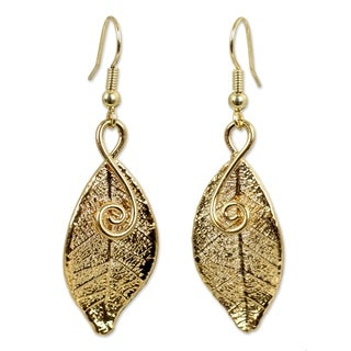 Handmade 22k Goldplated 'Forest Duet' Natural Leaf Earrings (Thailand)
