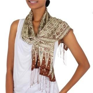 Handmade Silk 'Budding Jasmine' Batik Scarf (Indonesia)