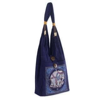 Handmade Cotton 'Lucky Elephant' Handbag (Thailand)|https://ak1.ostkcdn.com/images/products/3446324/P11522554.jpg?impolicy=medium