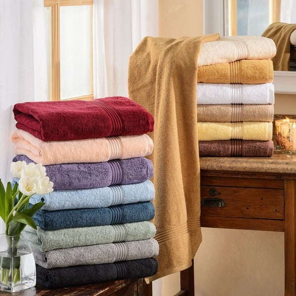 Superior Plush and Absorbent 600 GSM Combed Cotton Bath Towel (Set of 4)