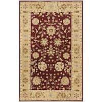 Safavieh Handmade Heritage Traditional Kashan Burgundy/ Beige Wool Rug (5' x 8')
