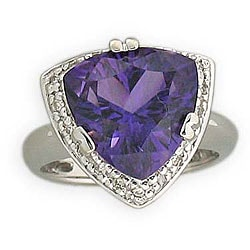Michael Valitutti 14k Gold Peruvian Amethyst/ 1/6ct TDW Diamond Ring