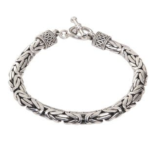 Dragon Traditional Balinese Hook Closure and Naga Snake Chain in 925 Sterling Silver Casual or Dress Mens Bracelet (Indonesia)|https://ak1.ostkcdn.com/images/products/3481656/P11551759.jpg?impolicy=medium