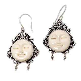 Handmade Sterling Silver 'Moon Princess' Cow Bone Earrings (Indonesia)|https://ak1.ostkcdn.com/images/products/3481754/P11551771.jpg?impolicy=medium
