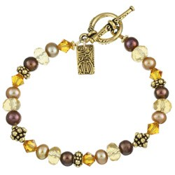 Lola's Jewelry Goldplated Fw Pearl/ Crystal Asian Charm Bracelet