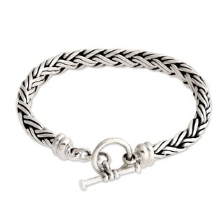 Handmade Connected Lives Elegant Toggle Clasp Braided 925 Sterling Silver Silver Womens Bracelet (Indonesia)