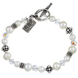 Lola's Jewelry FW Pearl/ Crystal Asian Charm Bracelet (6-7.5 mm)|https://ak1.ostkcdn.com/images/products/3499338/Charming-Life-FW-Pearl-Crystal-Asian-Charm-Bracelet-6-7.5-mm-P11568872.jpg?impolicy=medium