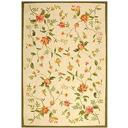 "Safavieh Hand-Hooked Garden Ivory Wool Area Rug (5'3"" x 8'3"")"