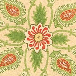 Safavieh Hand-hooked Bedford Beige/ Green Wool Rug (8' Round)