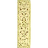 "Safavieh Hand-hooked Bedford Ivory/ Green Wool Runner - 2'-6"" x 12'"