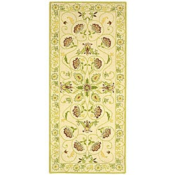 Safavieh Hand-hooked Bedford Ivory/ Green Wool Runner (2'6 x 6')