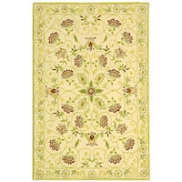 "Safavieh Hand-hooked Bedford Ivory/ Green Wool Rug - 3'9"" x 5'9"""