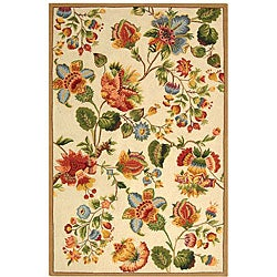 Safavieh Hand-hooked Transitional Ivory Wool Rug (5'3 x 8'3)