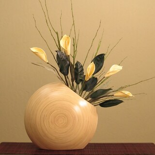 Cala Lillies in Circle Bamboo Vase (Option: Cala Lillies in Circle Bamboo Vase Natural Bamboo)