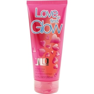 Love At First Glow Women's 6.7-ounce Body Lotion