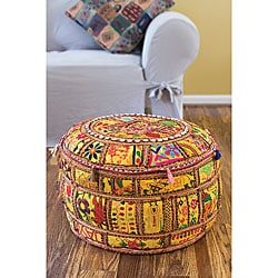Thumbnail 1, Artist's Loom Traditional Indian Pouf (24x24) (Set of 2).