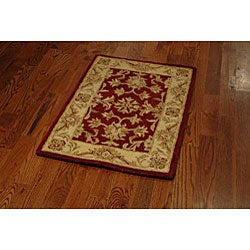Safavieh Handmade Antiquities Jewel Red/ Ivory Wool Rug (2' x 3') - Thumbnail 2