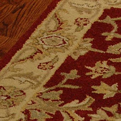 Safavieh Handmade Antiquities Jewel Red/ Ivory Wool Runner (2'3 x 4') - Thumbnail 1