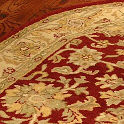 Safavieh Handmade Antiquities Jewel Red/ Ivory Wool Rug (7'6 x 9'6 Oval) - Thumbnail 1