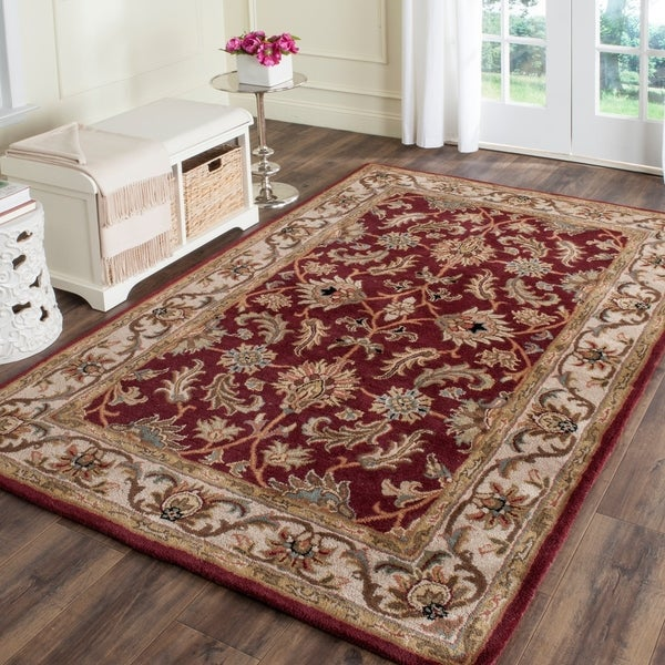 Safavieh Handmade Heritage Kashan Red/ Ivory Wool Rug - 4' x 6'