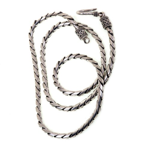 Look Sleek Traditional Balinese Hook Closure on a Modern 925 Sterling Silver Womens Fluid Spiral Cha