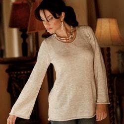 Artisan Charisma Handmade Alpaca Blend Beige Womens Long Sleeve Pullover Sweater (Peru)
